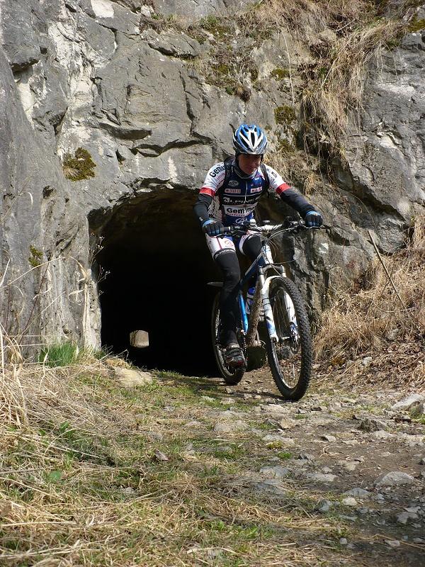 Martin na výjezdu z tunelu do lomu Malá Kobyla