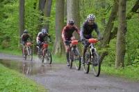 Martin se vrací se skupinkou z kozelského lesa